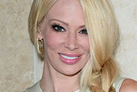 Jenna-jameson-a-style-transformation-side